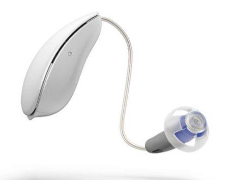Oticon Intiga Hörgerät vor weißem Hintergrund